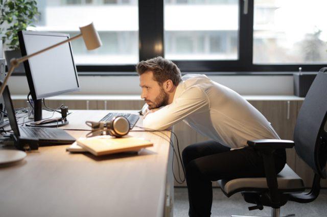 Mengenal Ciri-ciri Toxic Productivity, Obsesi untuk Terus Produktif (139595)