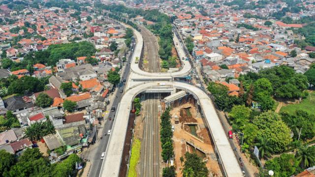 Anies Siapkan Jalur Sepeda di Flyover Tapal Kuda Lenteng Agung (54826)