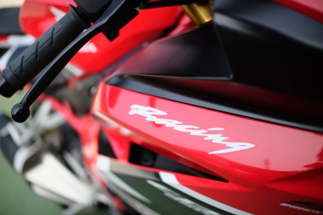 Foto: Lebih Dekat dengan New Honda CBR250RR SP (50299)