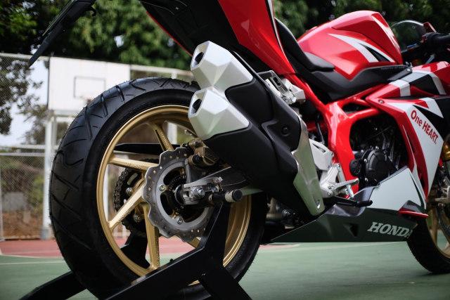 Foto: Lebih Dekat dengan New Honda CBR250RR SP (50297)