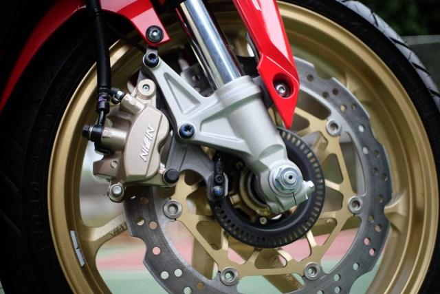Foto: Lebih Dekat dengan New Honda CBR250RR SP (50298)