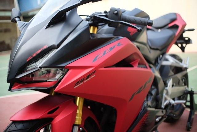 Foto: Lebih Dekat dengan New Honda CBR250RR SP (50287)