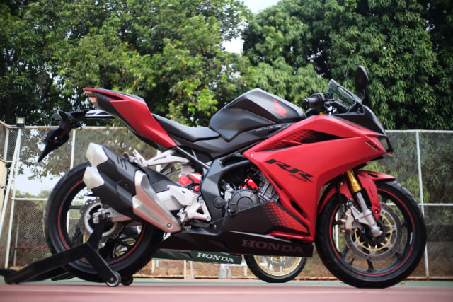 Foto: Lebih Dekat dengan New Honda CBR250RR SP (50288)