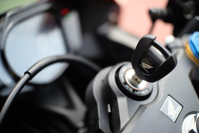 Foto: Lebih Dekat dengan New Honda CBR250RR SP (50308)