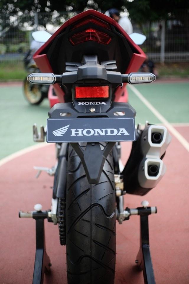 Foto: Lebih Dekat dengan New Honda CBR250RR SP (50292)