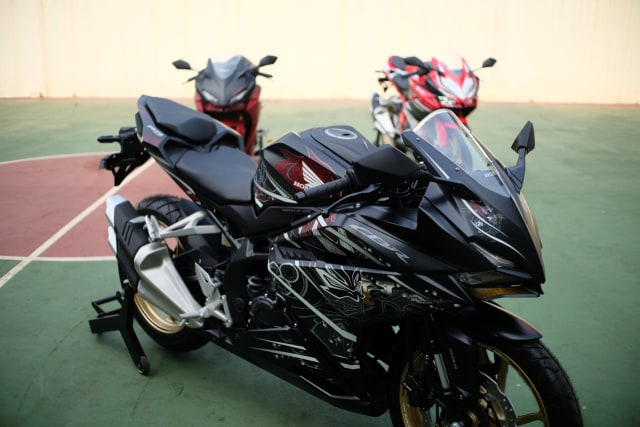 Foto: Lebih Dekat dengan New Honda CBR250RR SP (50285)