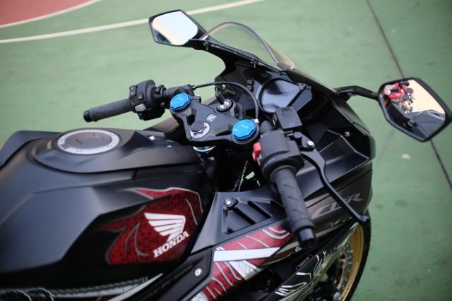 Foto: Lebih Dekat dengan New Honda CBR250RR SP (50301)