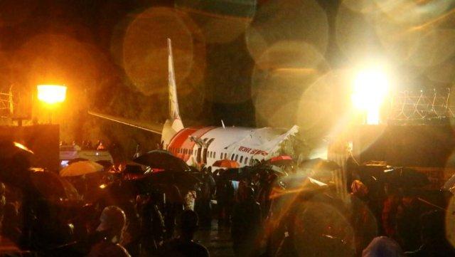 Pesawat India Express yang Tergelincir di Calicut Bawa 190 Penumpang dari Dubai (339100)