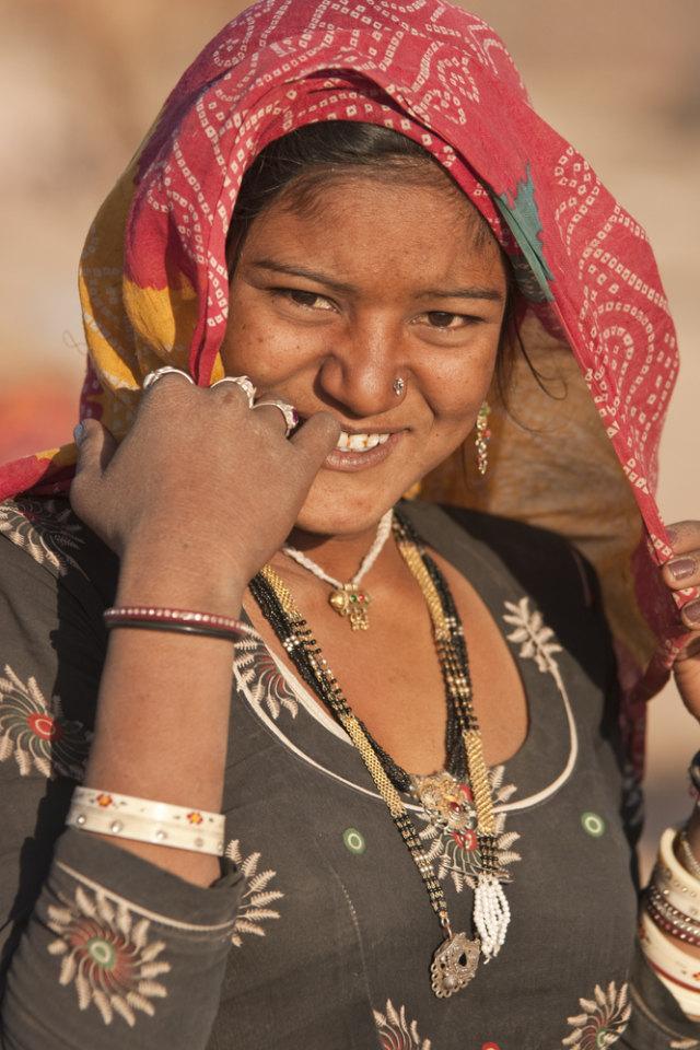 Tradisi Unik Wanita Suku Bishnoi di India, Rela Menyusui Rusa yang Dianggap Suci (51545)