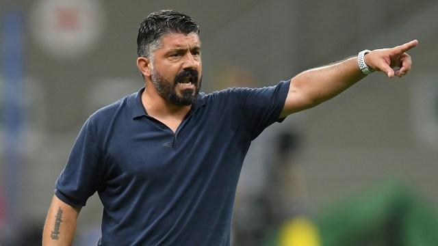 Ketika AZ Alkmaar Permalukan Napoli dengan 13 Pemain Absen karena Corona (26300)