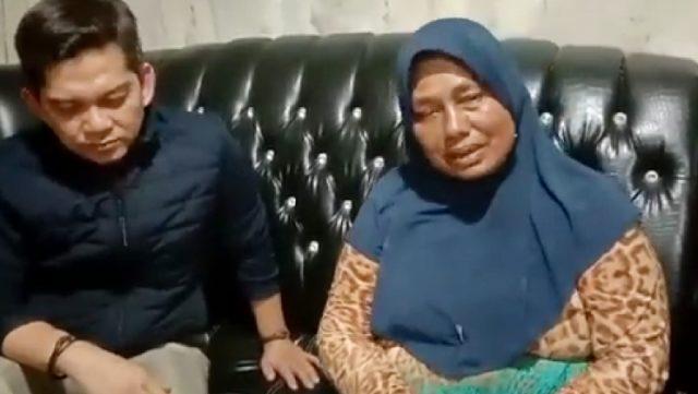 Sempat Viral, Emak-emak yang Maki Wali Kota Padang Minta Maaf  (94)