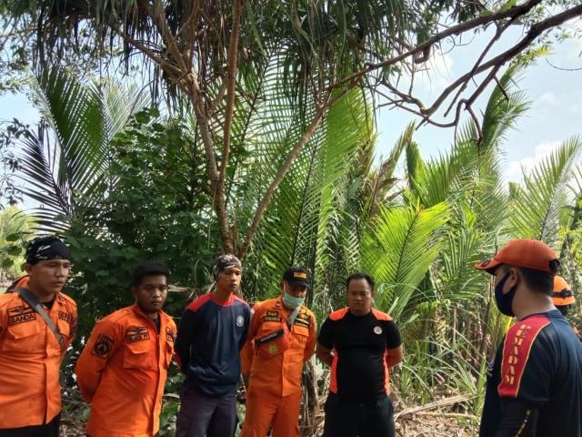 Pekerja Tambang Liar di Belitung Timur Diterkam Buaya (934)