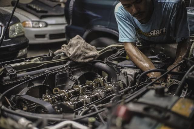 Mitos atau Fakta, Dorong Mobil Matik Pantang Dilakukan? (287805)