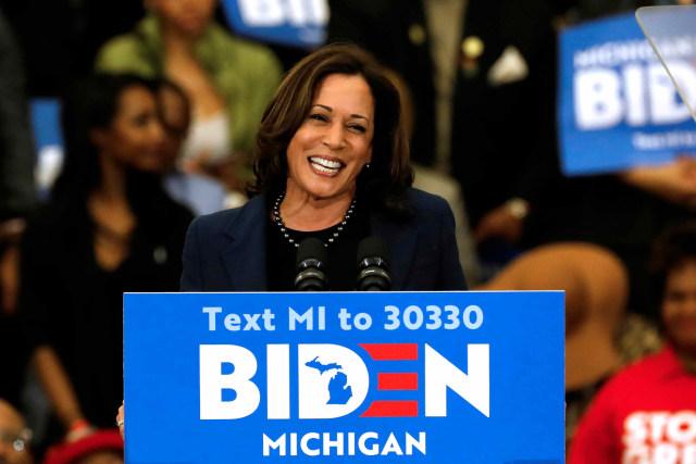 Foto: Potret Kamala Harris, Senator Wanita Berkulit Hitam Cawapres Joe Biden (26754)
