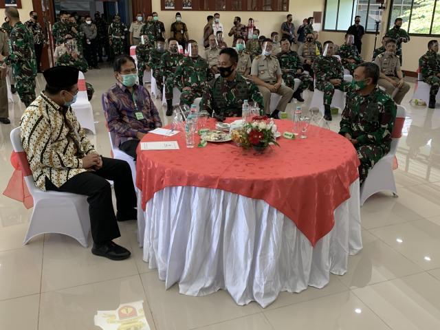 KSAD soal Cara Tangani Corona di TNI AD: Keroyok dengan Pola Makan dan Suplemen (143552)