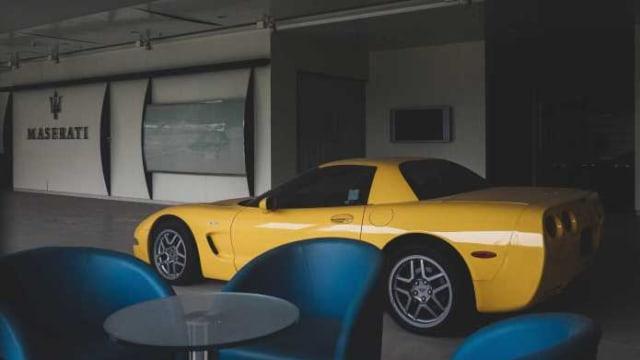 8 Diler Mobil yang Terbengkalai Puluhan Tahun dan Menyimpan Koleksi Eksotis (19780)