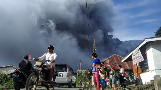 Gunung Sinabung Tercatat 7 Kali Erupsi pada 13 Agustus (75484)
