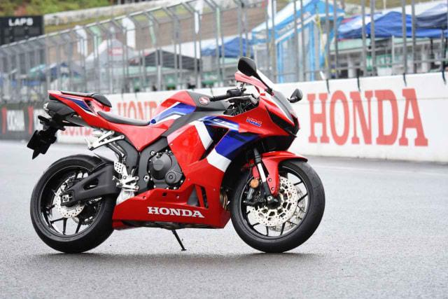 Honda CBR600RR 2021: Spesifikasi, Fitur, dan Skema Kredit (54774)