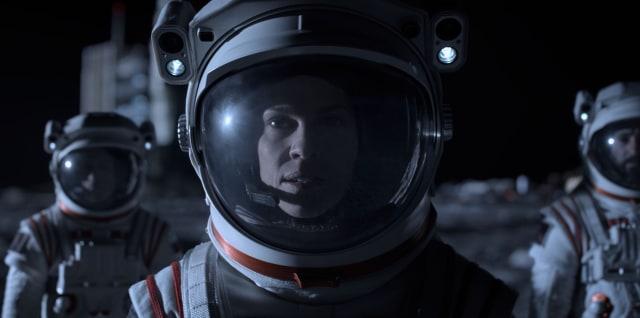 Kenalan sama para Karakter di Serial Netflix Terbaru, Away (24869)