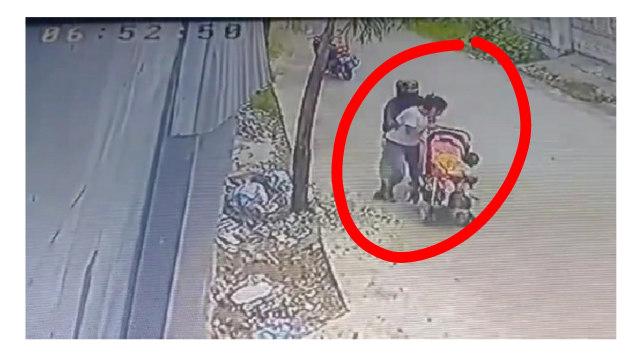 Viral, Video Detik-detik Wanita di Padang Jadi Korban Begal Payudara (7490)