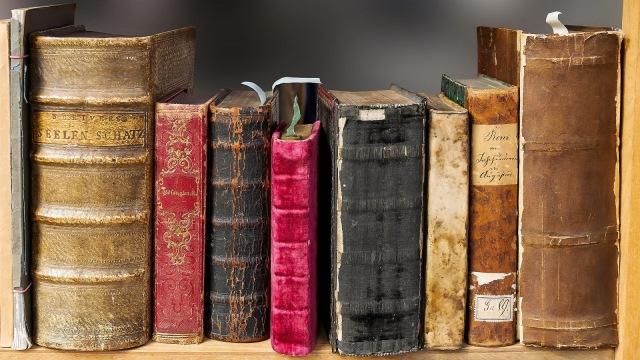 3 Buku yang Bisa Membuatmu Bergidik Ketakutan (1) (321906)