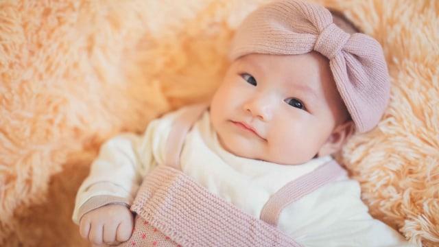 30 Nama Bayi Perempuan yang Bermakna Ratu - kumparan.com