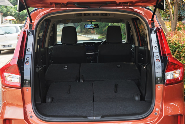 Menjajal Ketangguhan Suzuki XL7, Seberapa Layak Dipinang? (504449)