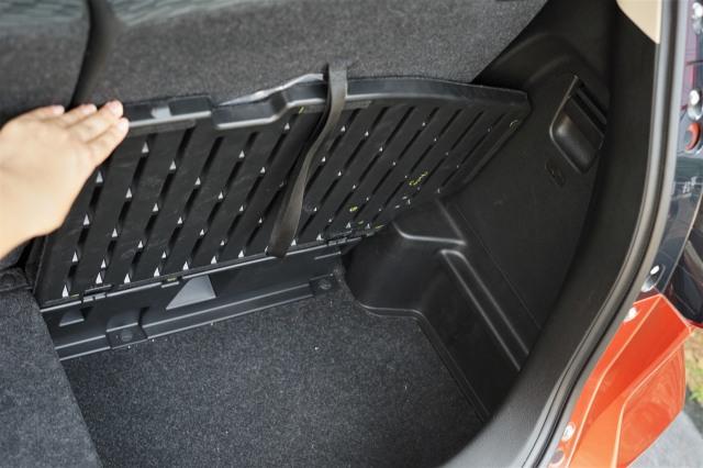 Menjajal Ketangguhan Suzuki XL7, Seberapa Layak Dipinang? (504447)