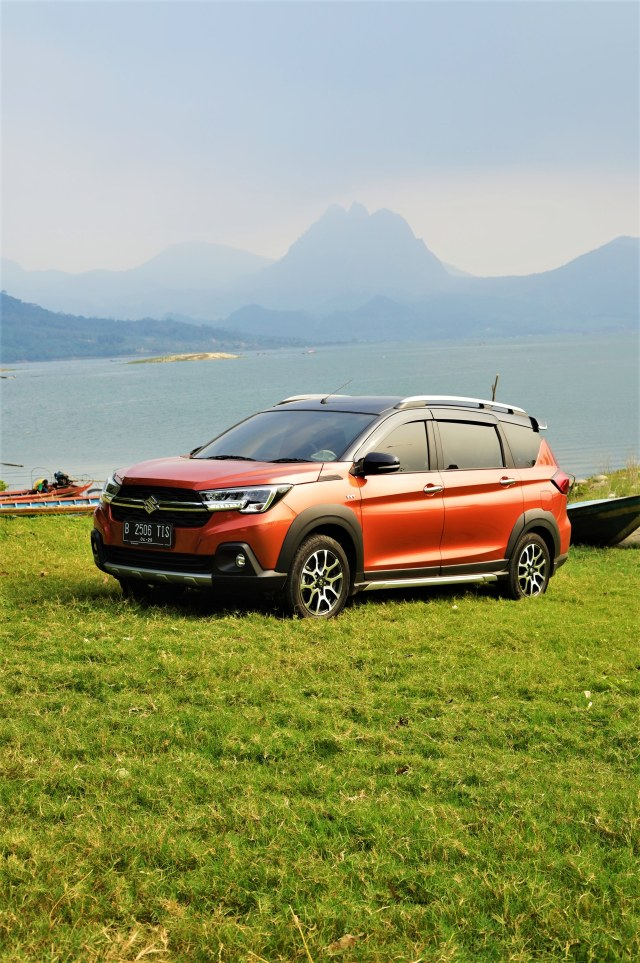 Menjajal Ketangguhan Suzuki XL7, Seberapa Layak Dipinang? (504440)