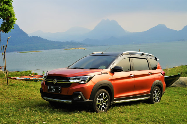 Menjajal Ketangguhan Suzuki XL7, Seberapa Layak Dipinang? (504457)