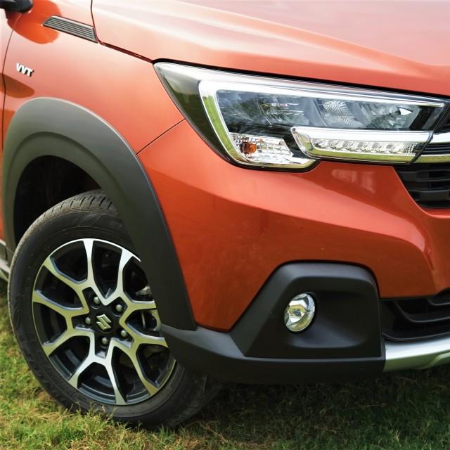 Menjajal Ketangguhan Suzuki XL7, Seberapa Layak Dipinang? (504465)