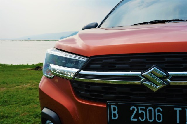 Menjajal Ketangguhan Suzuki XL7, Seberapa Layak Dipinang? (504461)
