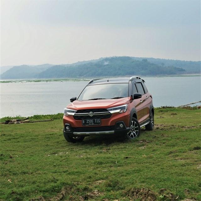 Menjajal Ketangguhan Suzuki XL7, Seberapa Layak Dipinang? (504459)