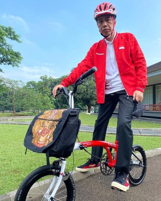 Adu Harga Brompton yang Digemari Pejabat dan Koleksi Sepeda Lokal Jokowi (481464)
