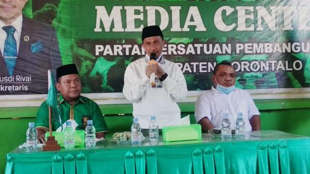 Pasangan Nelson Pomalingo dan Hendra Hemeto Nyatakan Maju di Pilkada Gorontalo (82420)