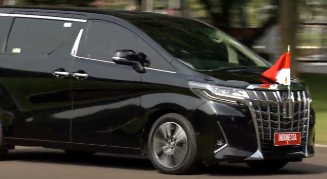 Bukan Mercy, Ini Mobil yang Dipakai Jokowi Saat Upacara 17 Agustus (87278)