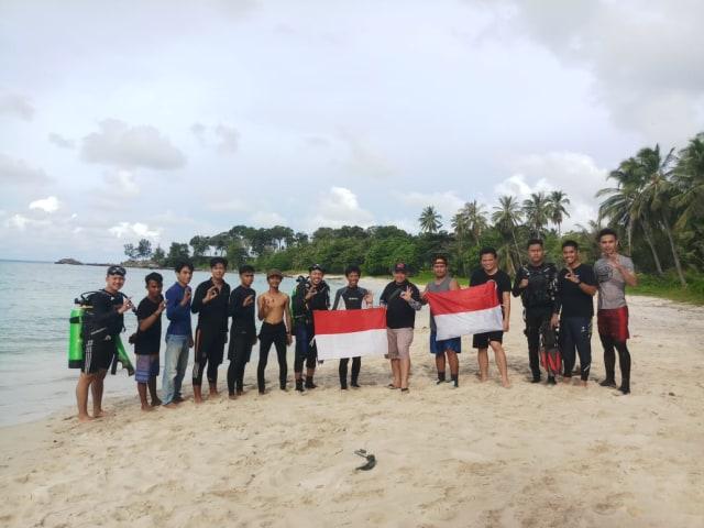 Kibarkan Bendera Merah Putih, 8 Club Diving Ini Kenalkan Wisata Bawah Laut Babel (216219)