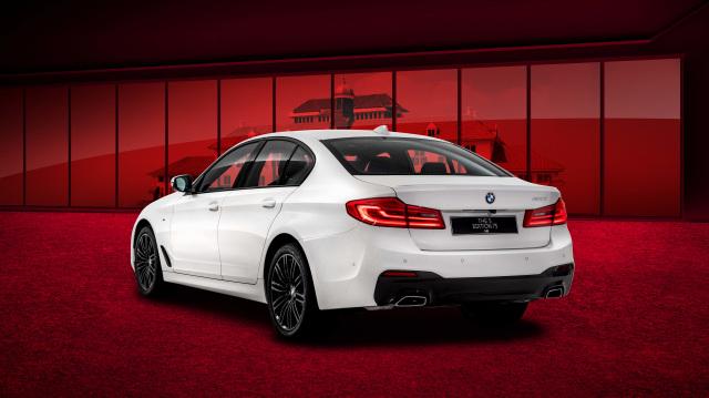 BMW 520i Edisi 75 Tahun Indonesia Meluncur, Harga Capai Rp 1,1 Miliar (11502)