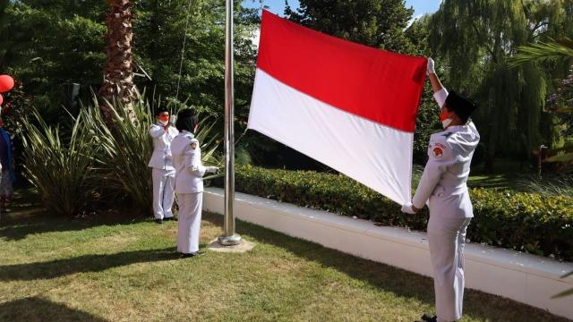 HUT ke-75 RI, KJRI Istanbul Beri Friends of Indonesia Award ke WN Turki (493244)