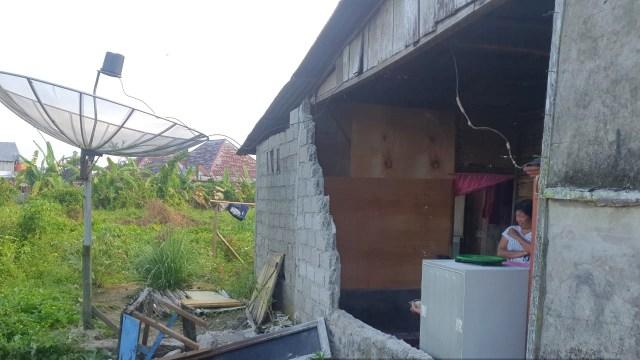 Gempa Bengkulu 6,6 M dan 6,7 M Menyebabkan 1 Rumah Rusak Ringan (79529)