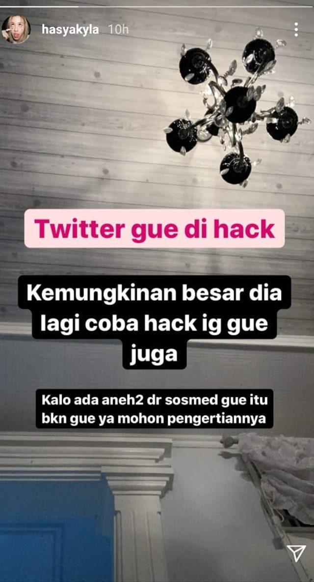 Video Diduga Adhisty Zara Viral, Twitter Sang Kakak Dihack (236854)