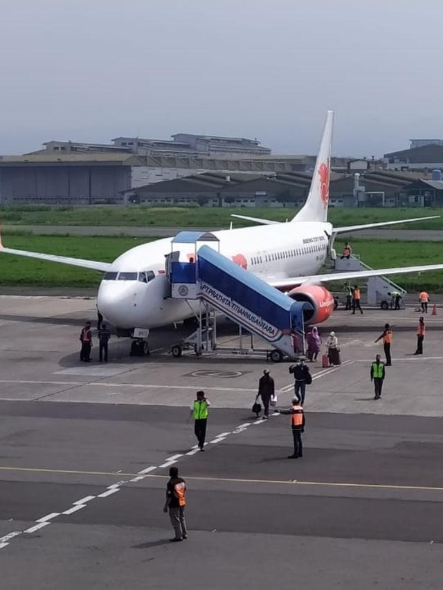 Melihat Pesawat Jet Komersial Kembali Beroperasi di Bandara Husein Sastranegara  (82736)
