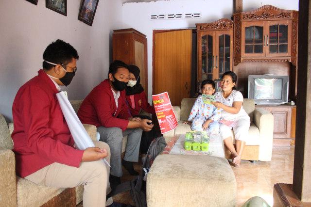 Langkah Mahasiswa UMM Cegah Covid-19 dan Demam Berdarah Dengue (DBD) (134714)