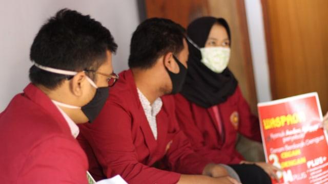 Langkah Mahasiswa UMM Cegah Covid-19 dan Demam Berdarah Dengue (DBD) (134713)