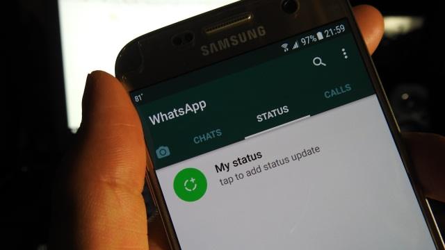 Mudah Tersinggung, Mertua Sering Menyindir di WhatsApp Status (317725)