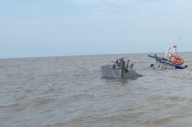 Kapal Bermuatan Kelapa Tujuan Batam Tenggelam di Perairan Timur Jambi (43178)