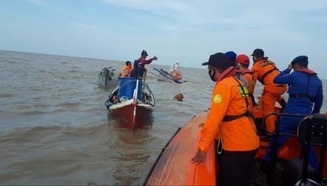 Kapal Bermuatan Kelapa Tujuan Batam Tenggelam di Perairan Timur Jambi (43177)