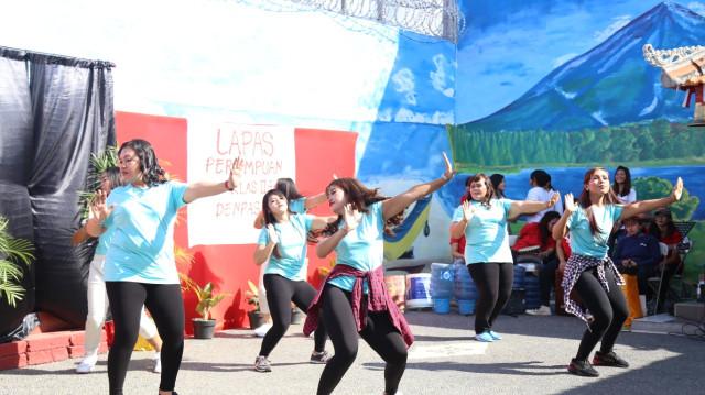 Rayakan HUT RI, Warga Binaan Lapas Perempuan Denpasar Gelar Parade Seni  (86952)