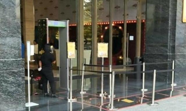 Tentrem Mall Semarang Dipadati Pengunjung, Ini Penjelasan Pihak Management (244)