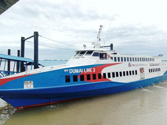 Kapal Dumai Exspress Tujuan Dumai Beroperasi Kembali (94666)